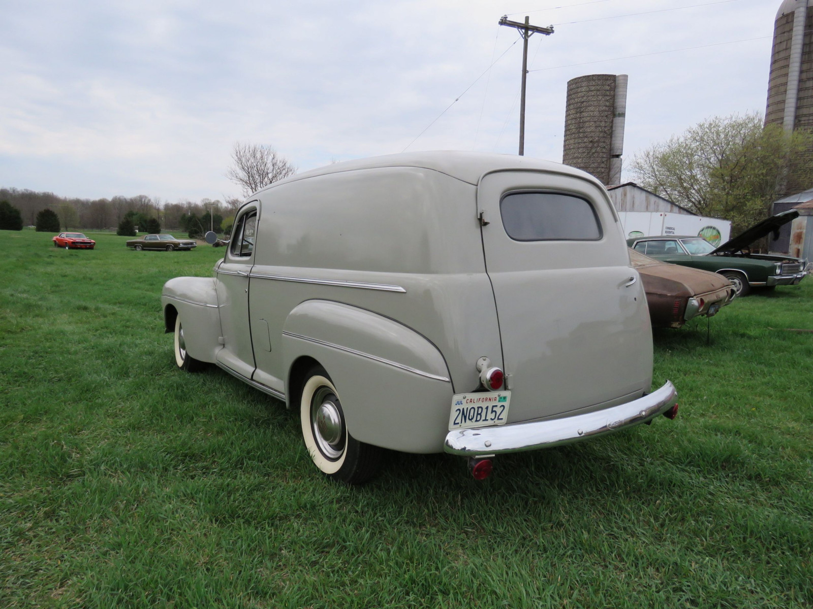 1946 Ford Sedan Delivery - Image 5