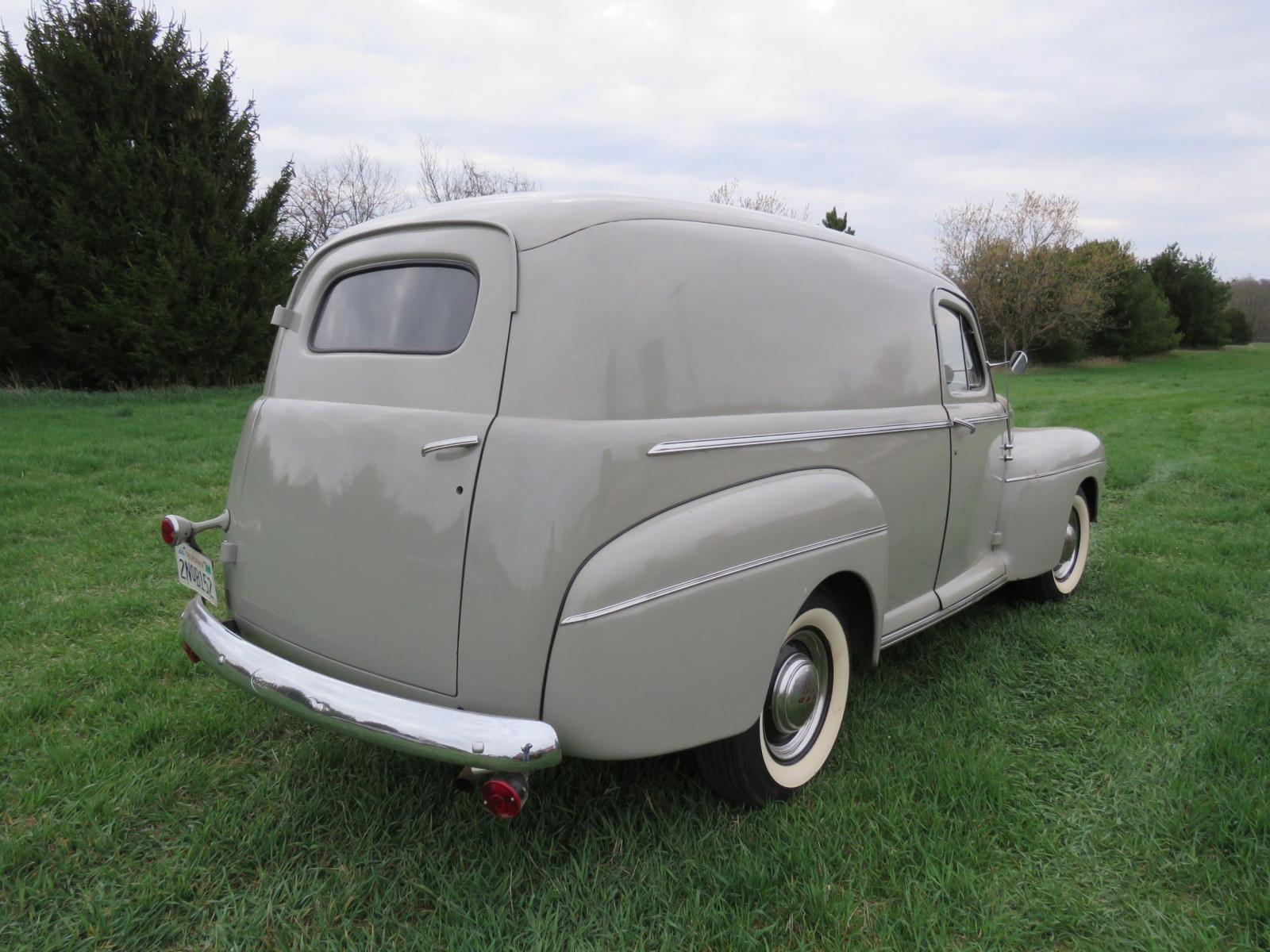 1946 Ford Sedan Delivery - Image 7