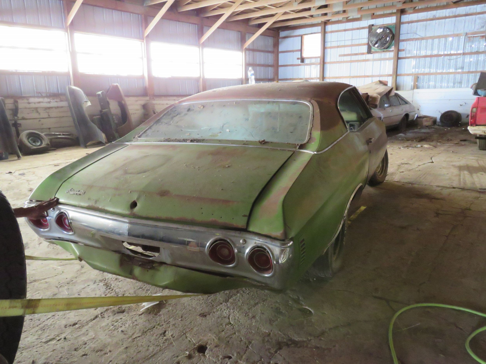 1971 Chevrolet Chevelle Rolling Body for Project - Image 4