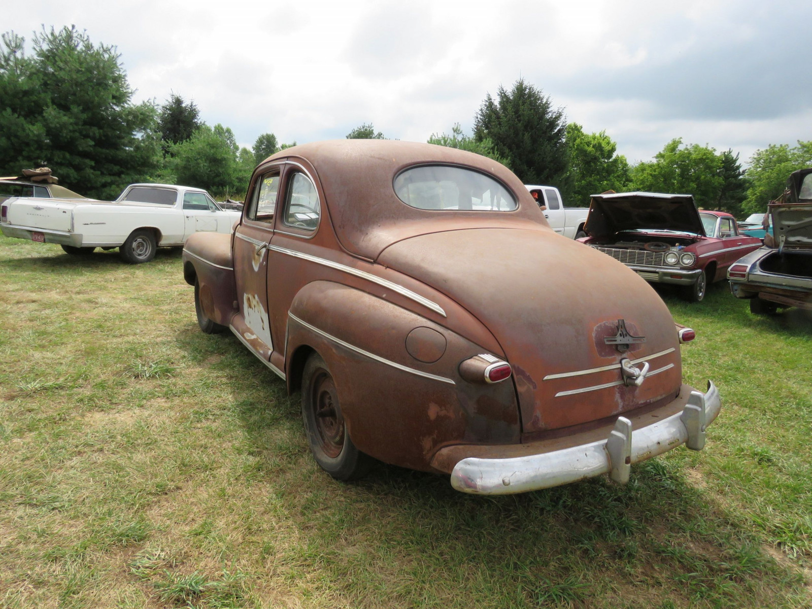 1946 Ford Super Deluxe Coupe Ford for Rod or Restore - Image 5