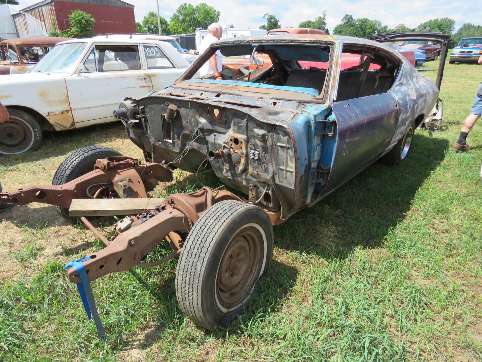 1969 Chevrolet Chevelle Rolling Body for Project or Parts - Image 1