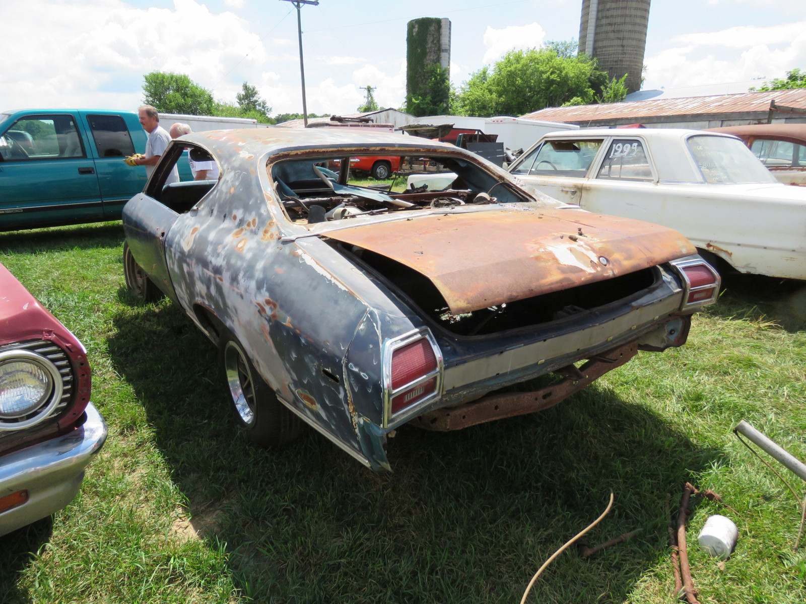 1969 Chevrolet Chevelle Rolling Body for Project or Parts - Image 6