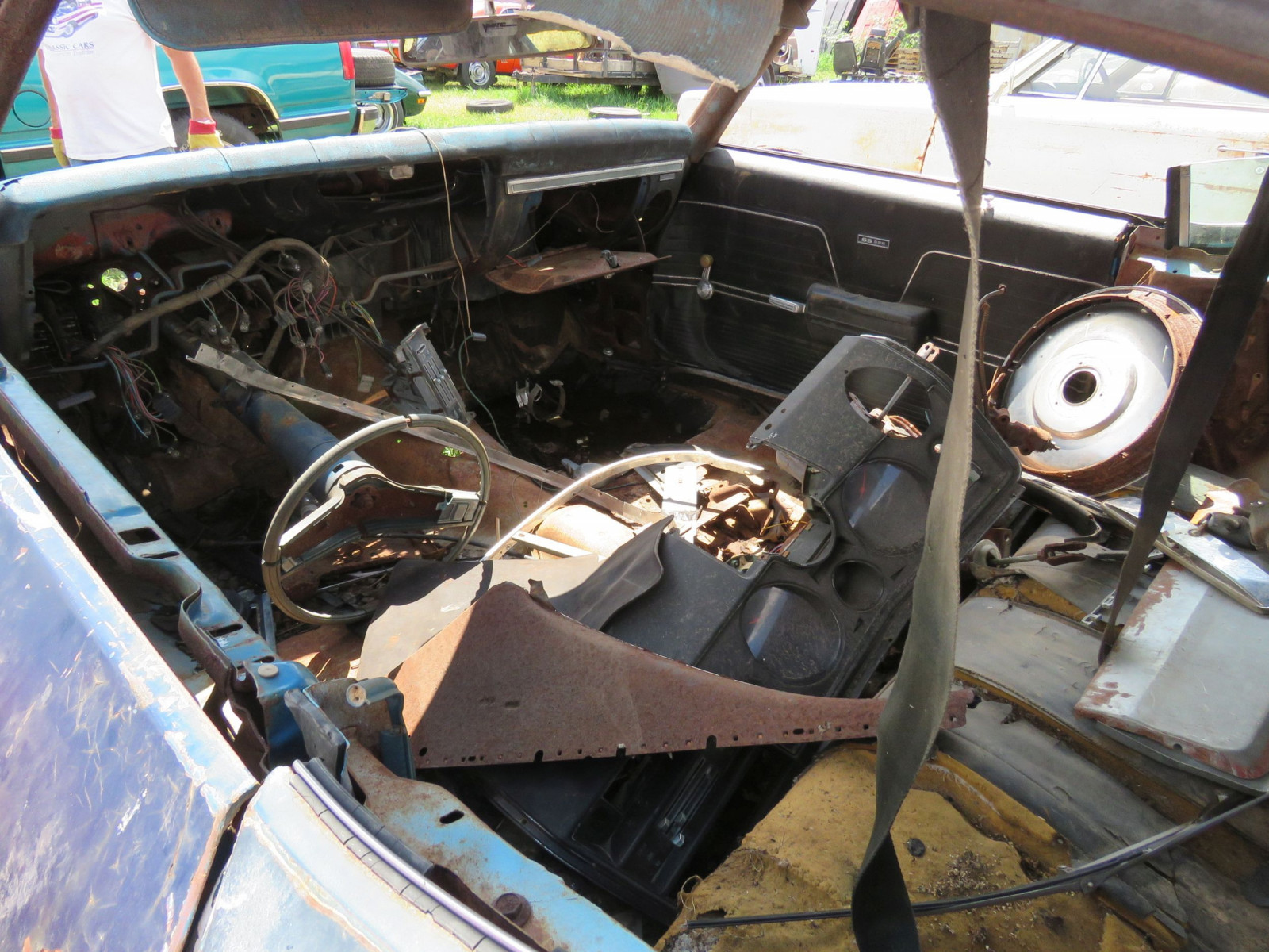 1969 Chevrolet Chevelle Rolling Body for Project or Parts - Image 7