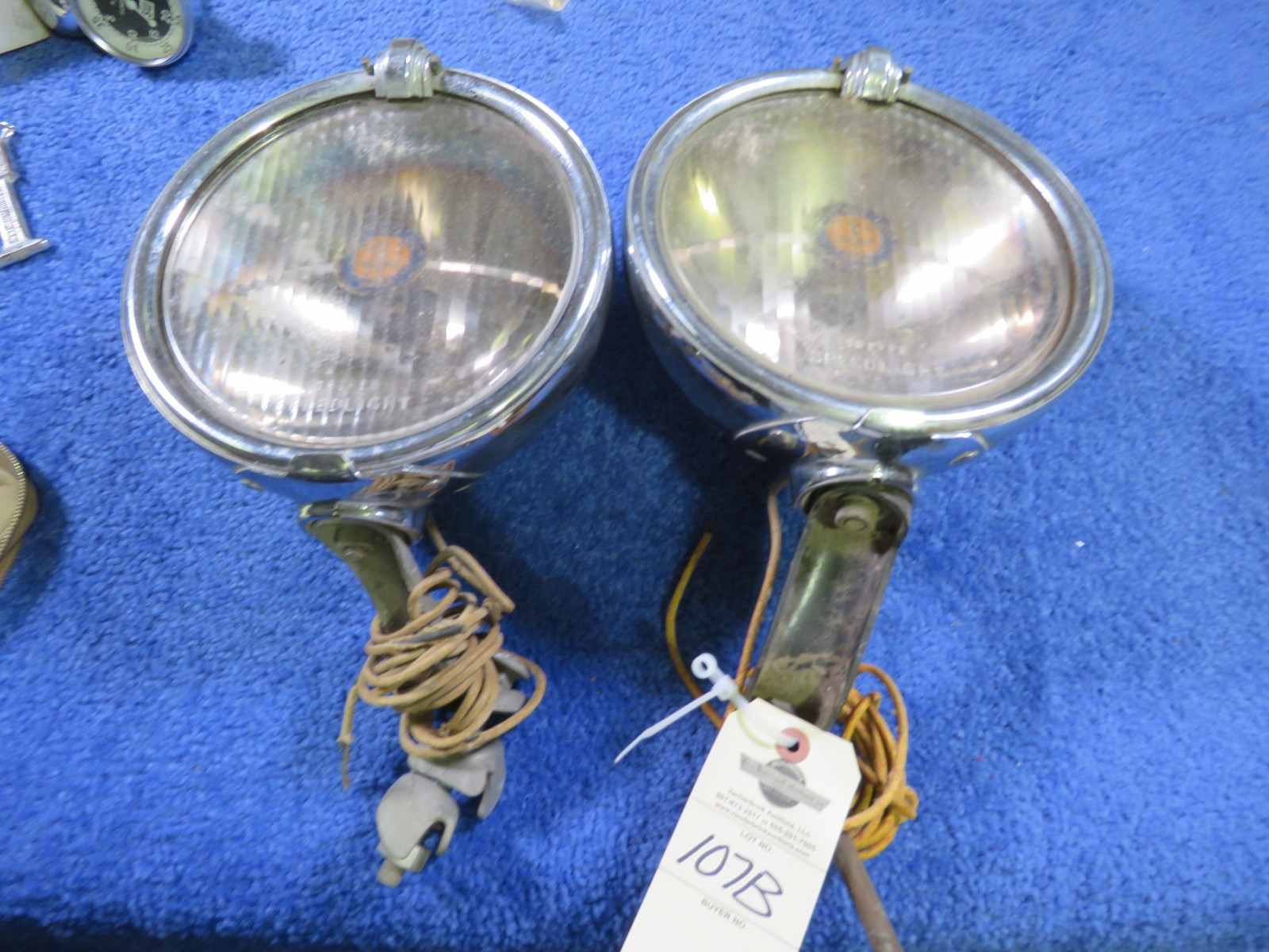 Vintage pair of Running Lights - Image 1
