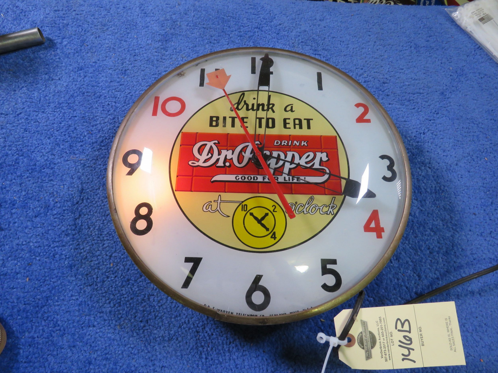 Dr. Pepper Clock - Image 1