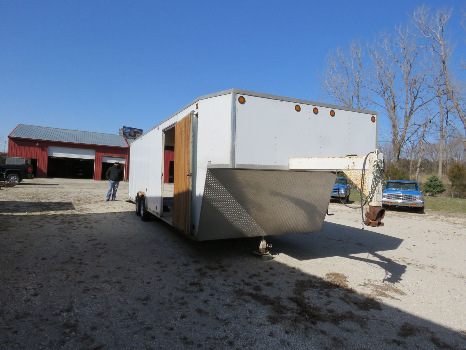 1994 S&S Welding Enclosed Trailer - Image 2