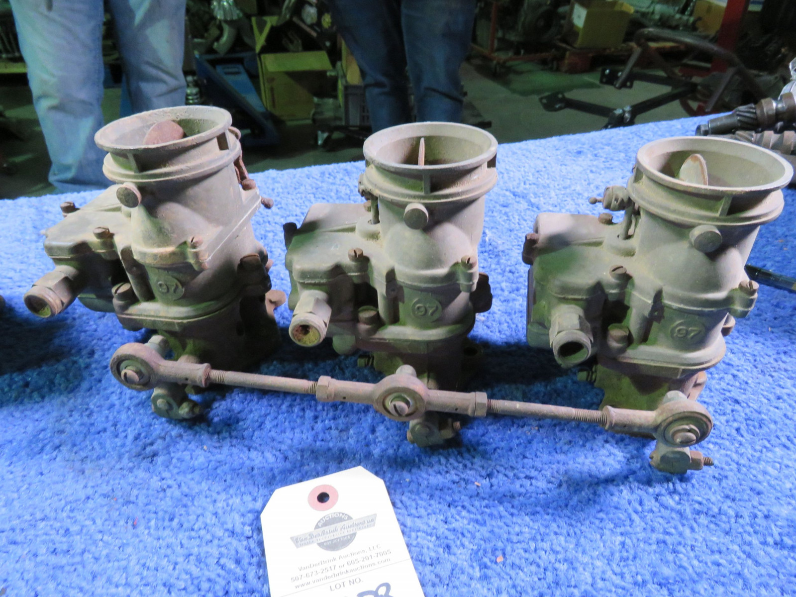Lot 252BB – Tri-Power for Flathead V8 #97 Carbs with Extra