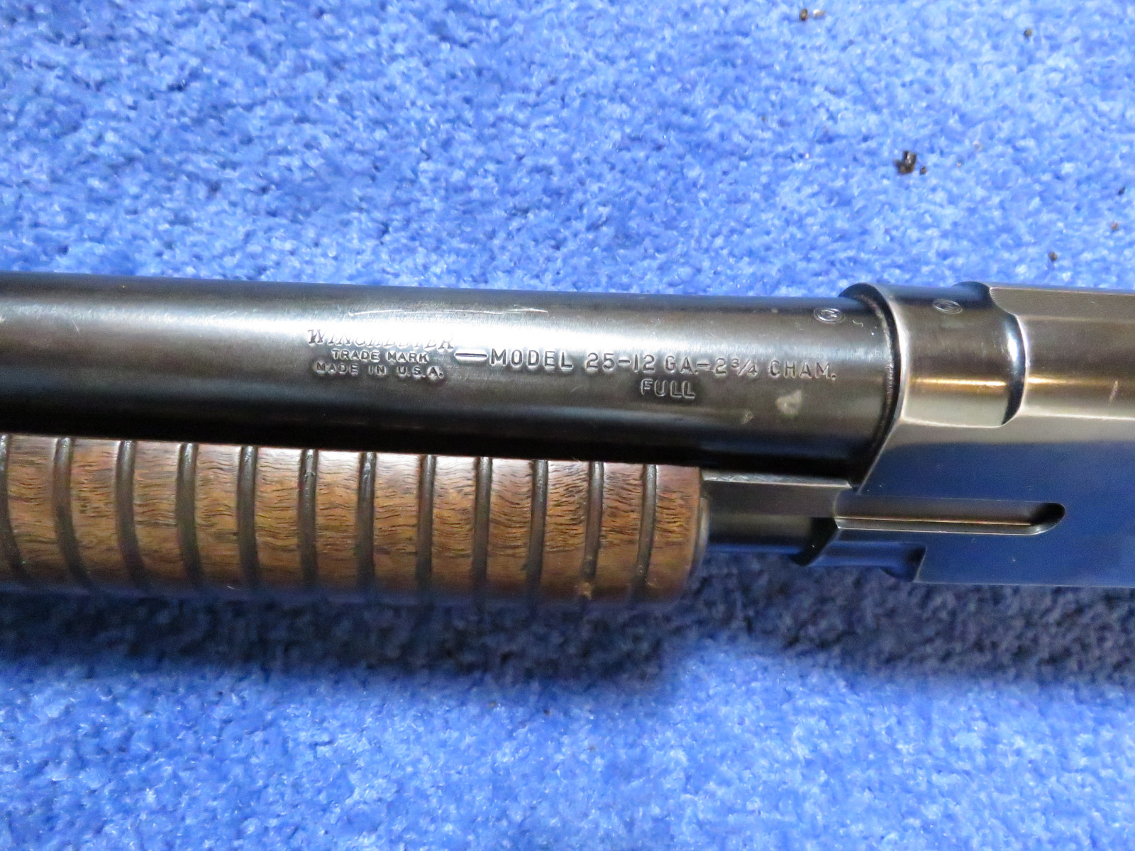 Winchester Model 25 12 Gauge Shotgun - Image 3