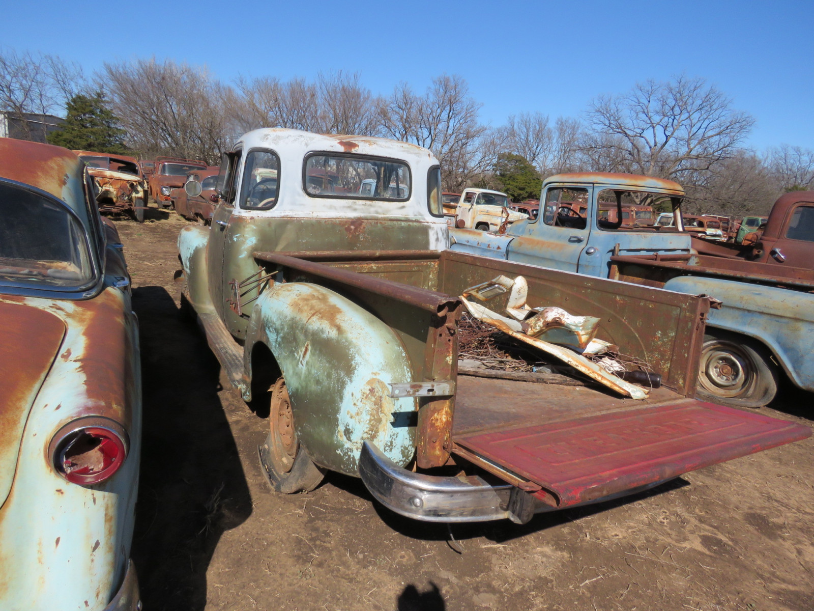 Chevrolet 5 window cab pickup - Image 4