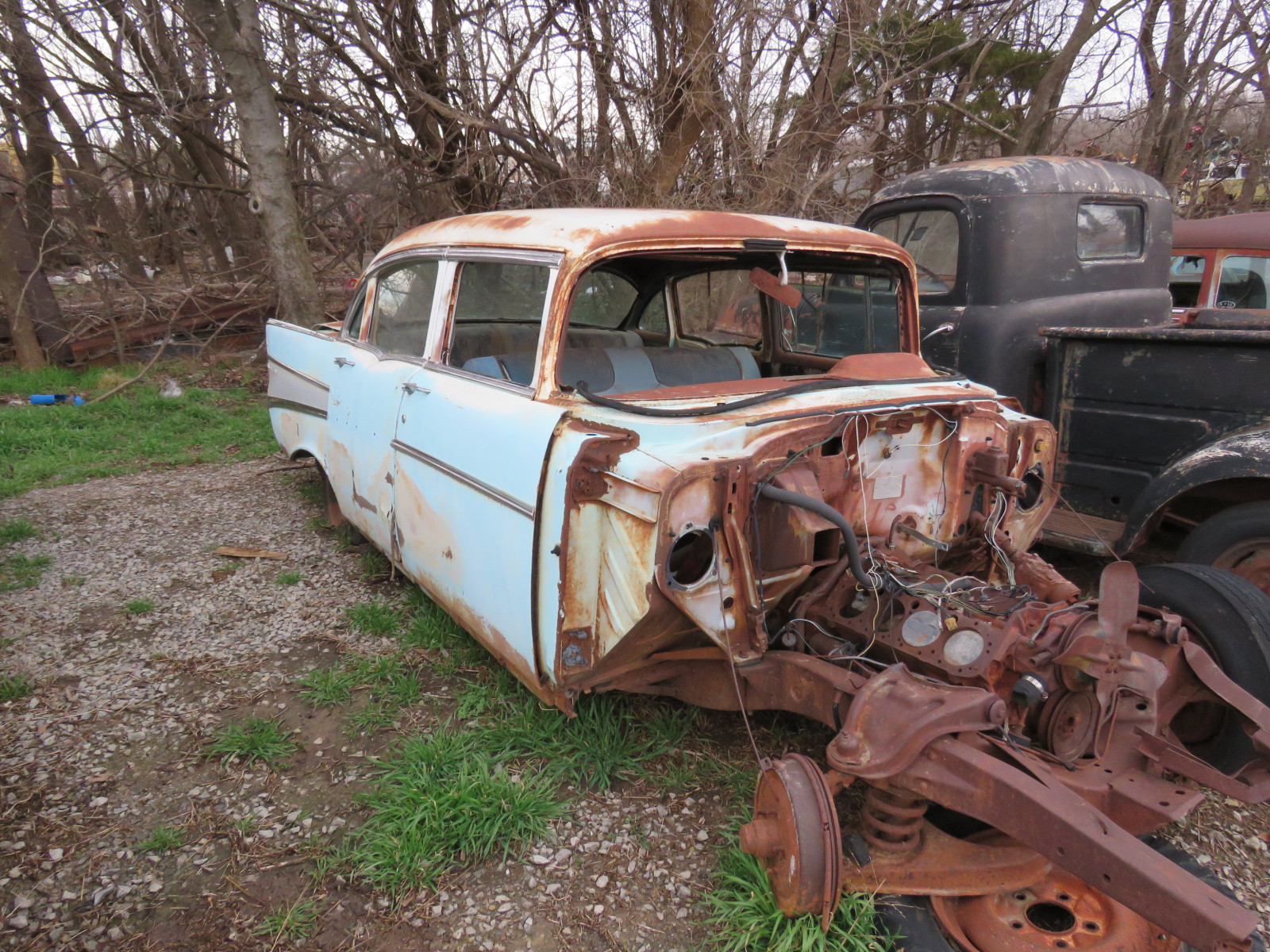 1957 Chevrolet 4dr Sedan for parts VC57K132159 - Image 2