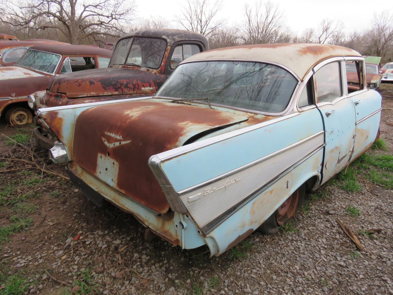 1957 Chevrolet 4dr Sedan for parts VC57K132159 - Image 3