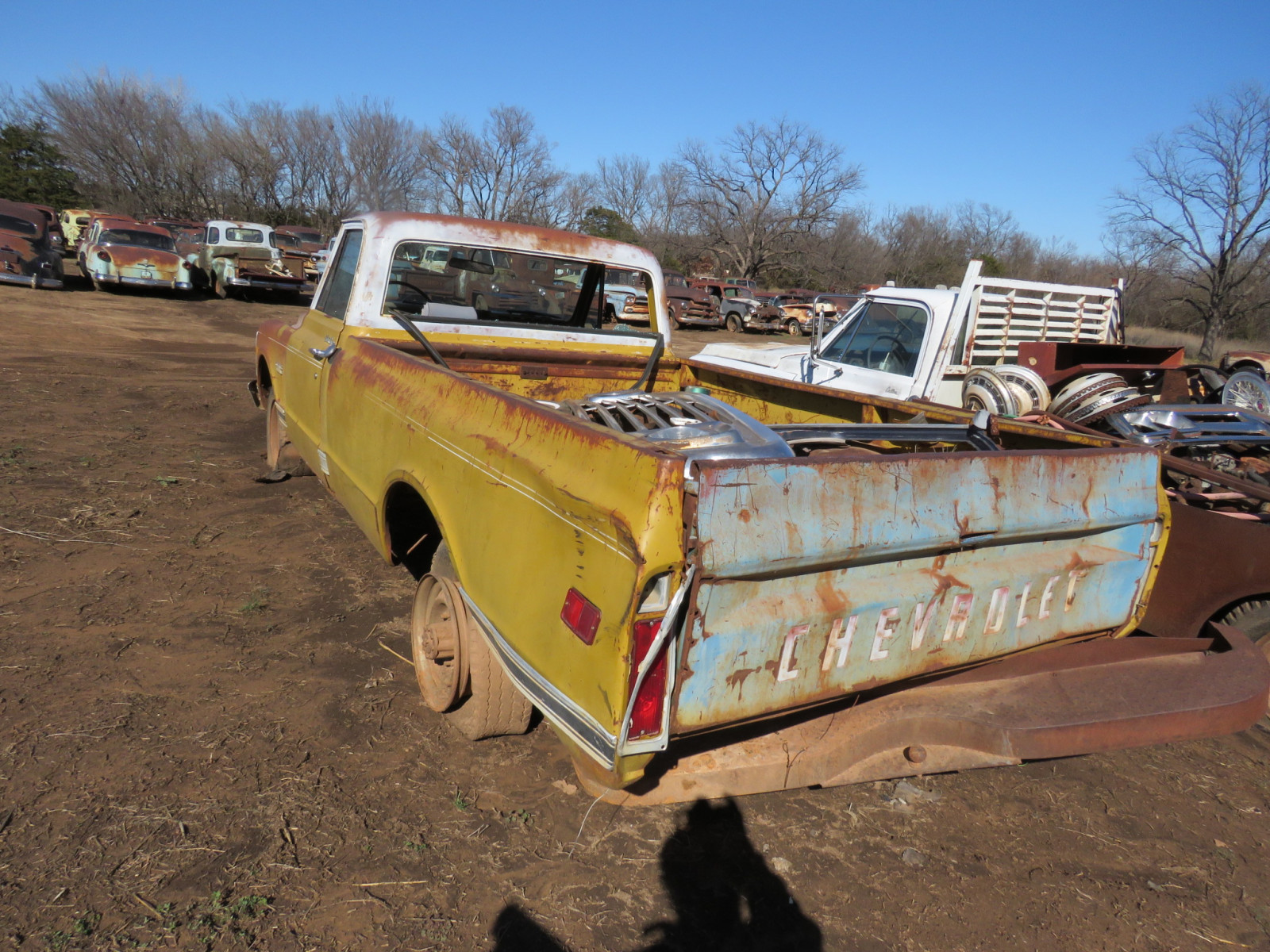 GMC Pickup for parts - Image 5
