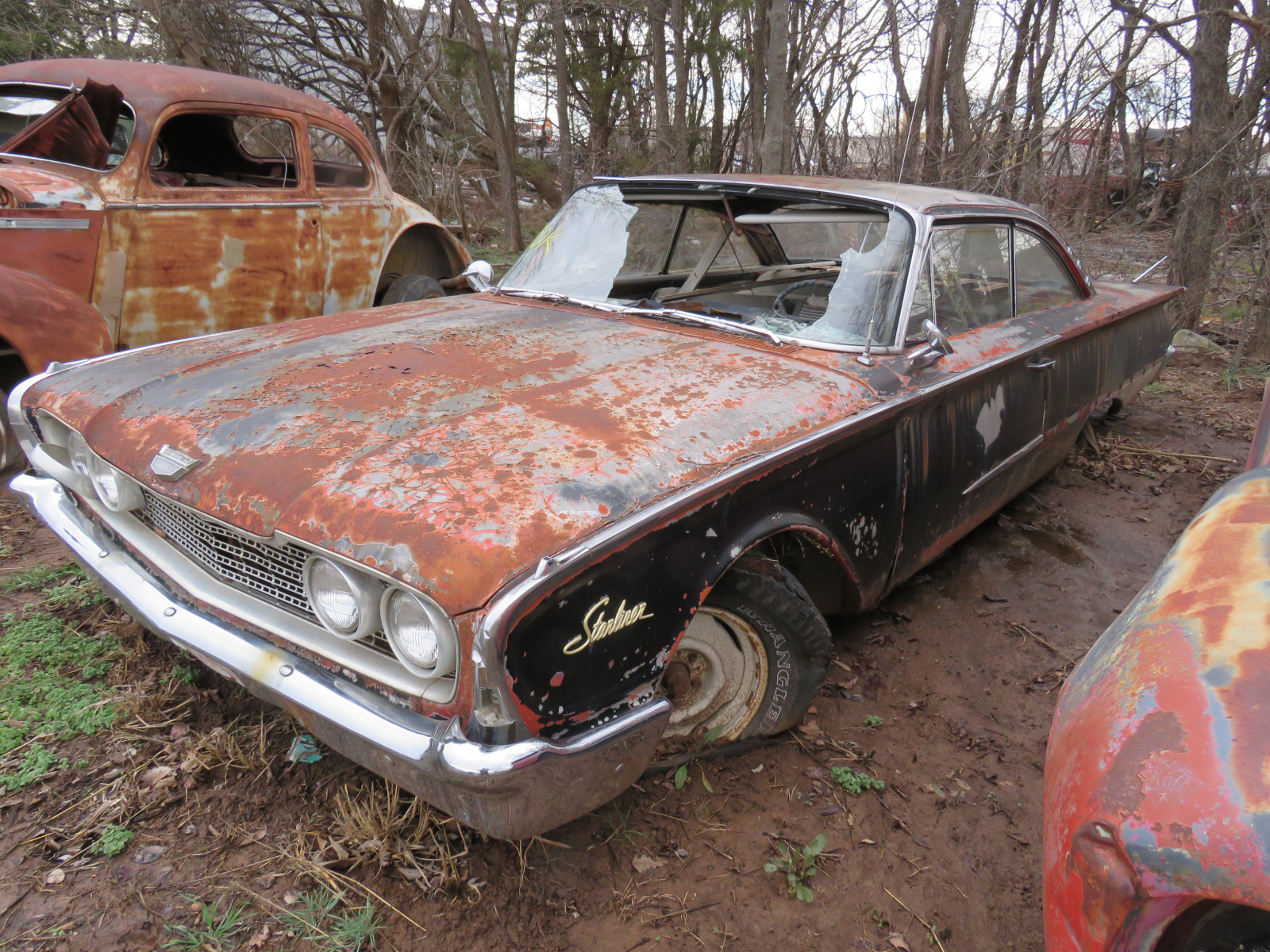 1961 Ford Starliner 2dr HT 153X114514 - Image 2