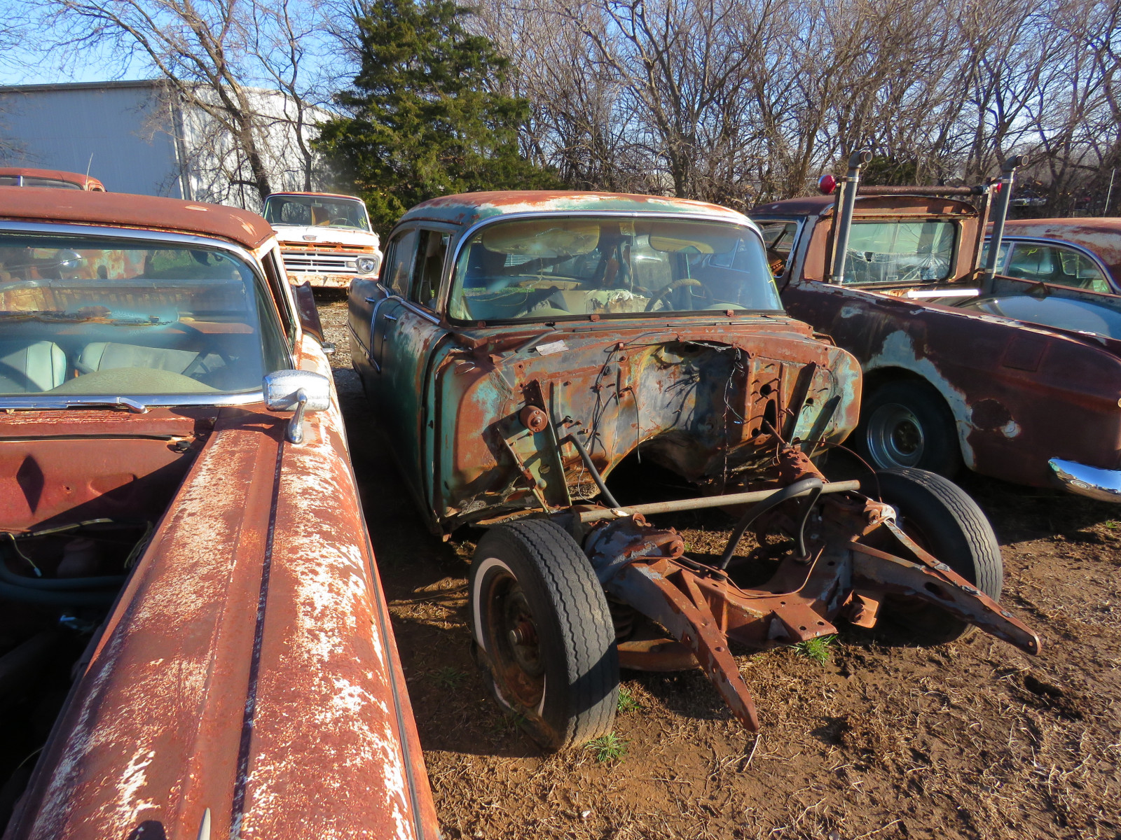1955 Chevrolet 4dr Sedan for parts - Image 2
