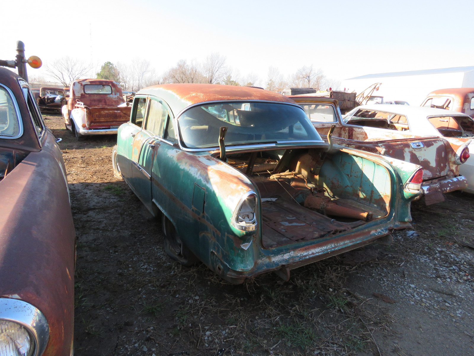 1955 Chevrolet 4dr Sedan for parts - Image 3