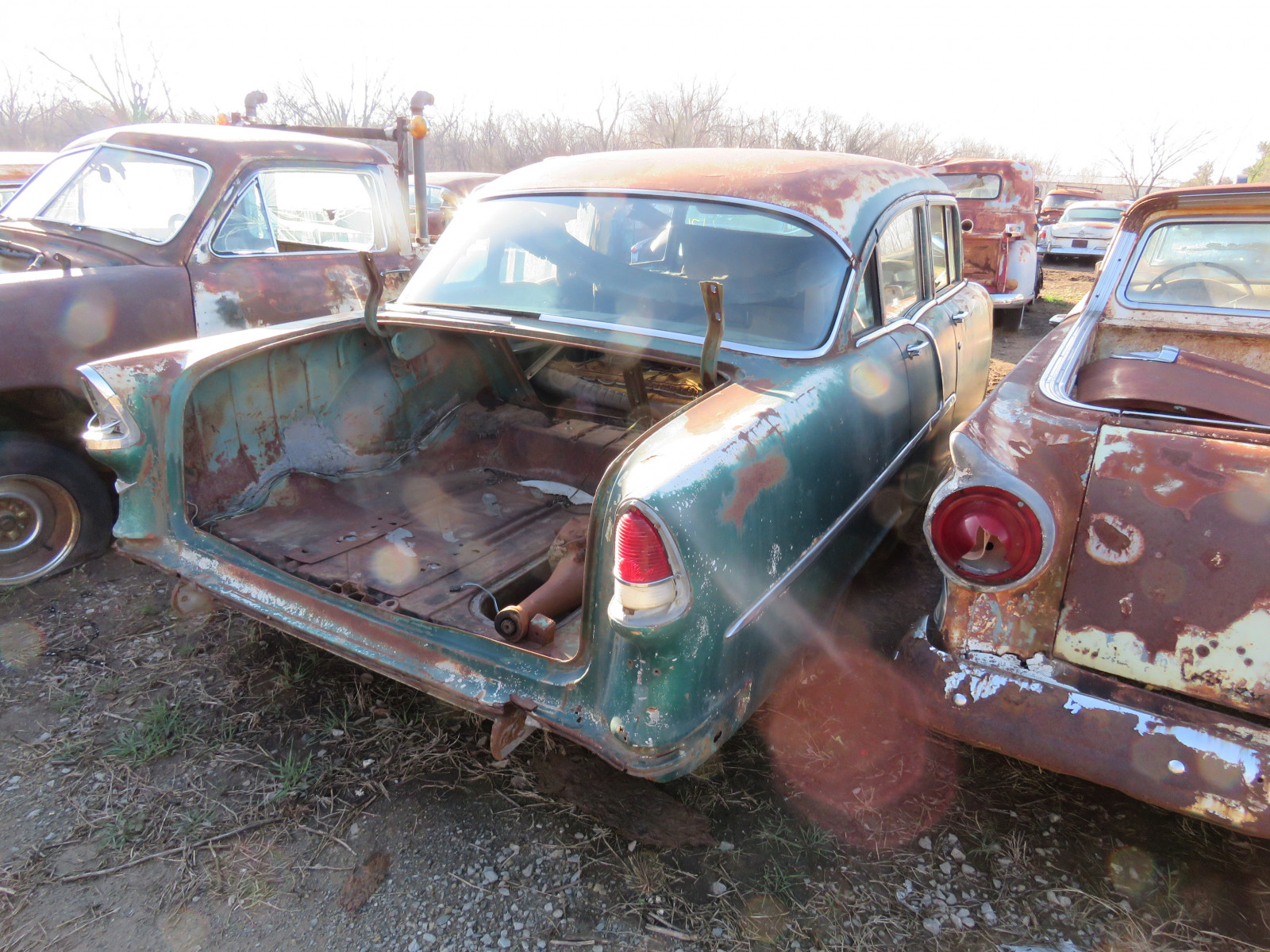 1955 Chevrolet 4dr Sedan for parts - Image 4