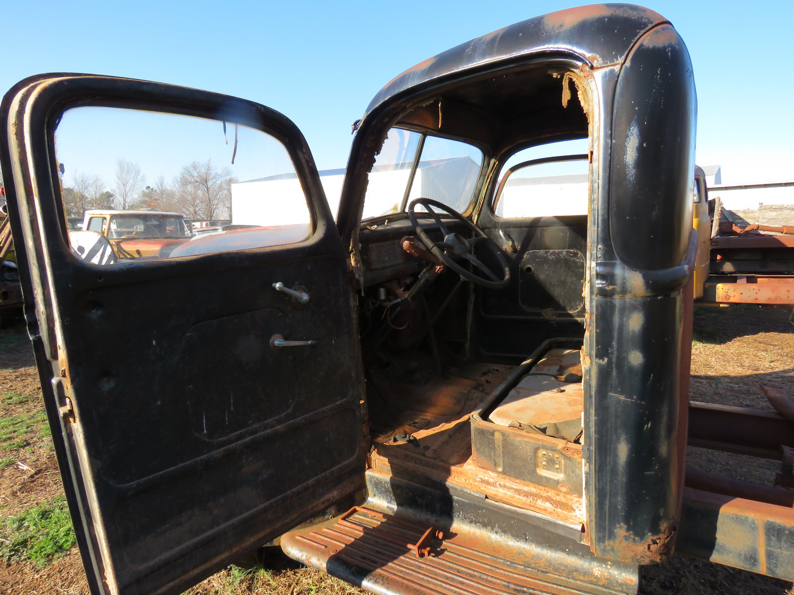 1946 Ford Truck - Image 6
