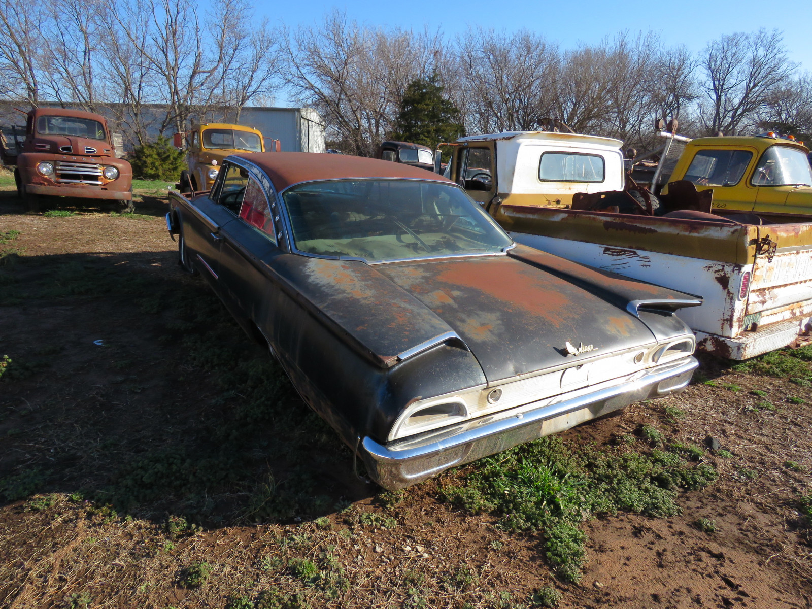 Ford Starliner for Parts - Image 3