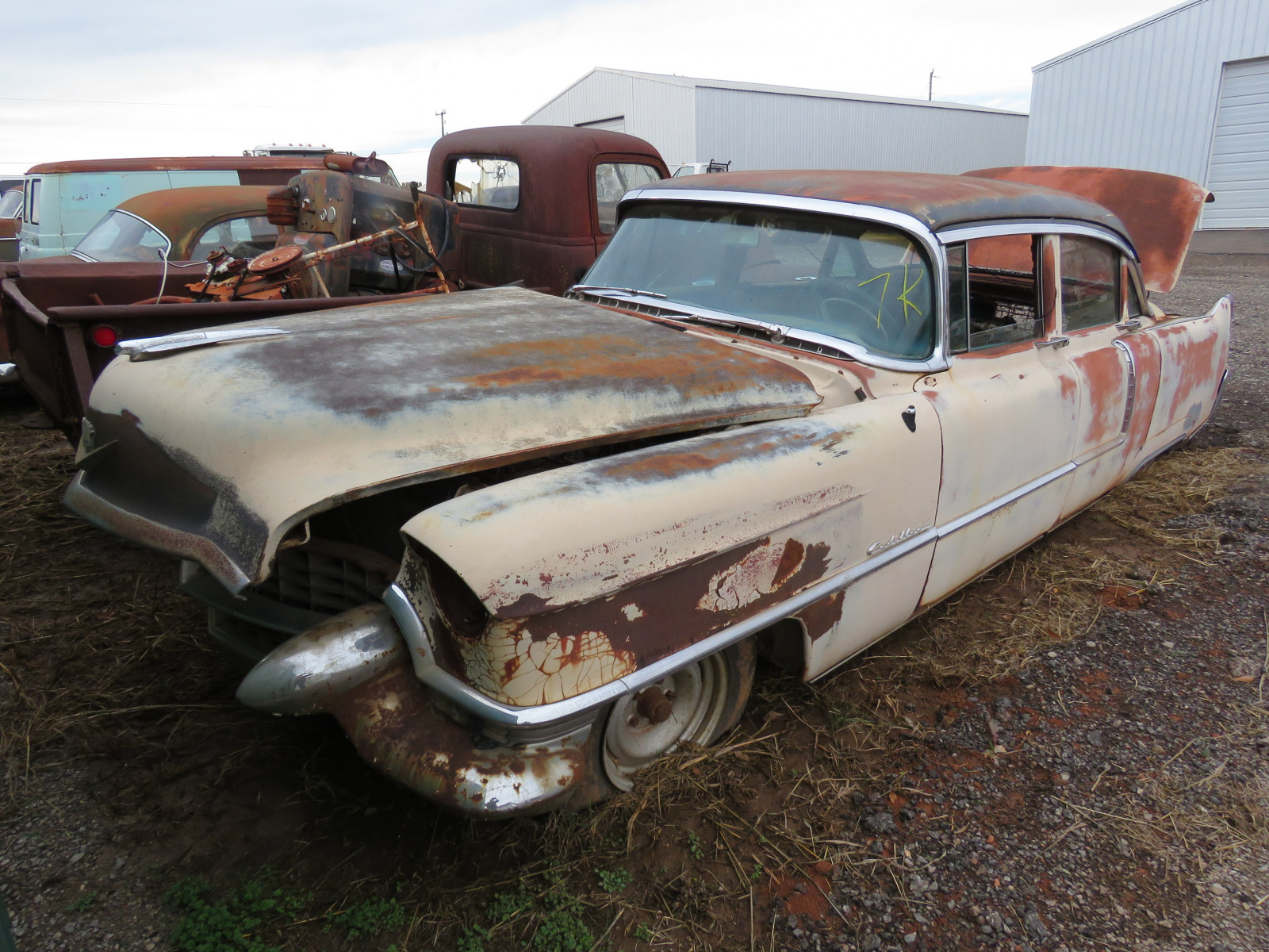 1955 Cadillac Series 62 4dr Sedan 55-62124192 - Image 1