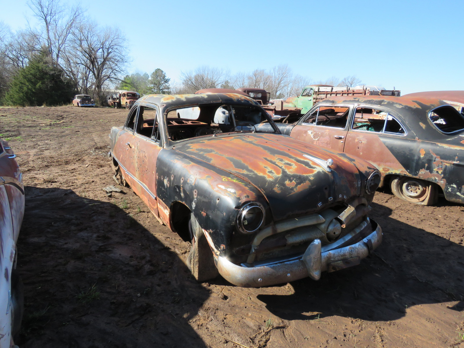 1949/50 Ford 2dr Sedan for parts - Image 1
