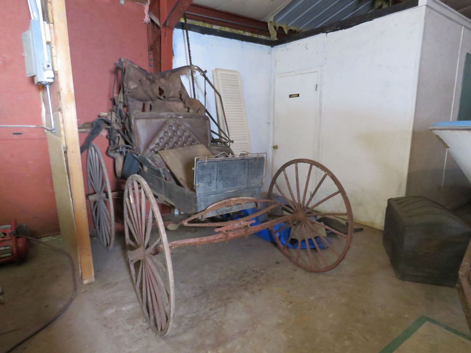 Doctor's Buggy - Image 1