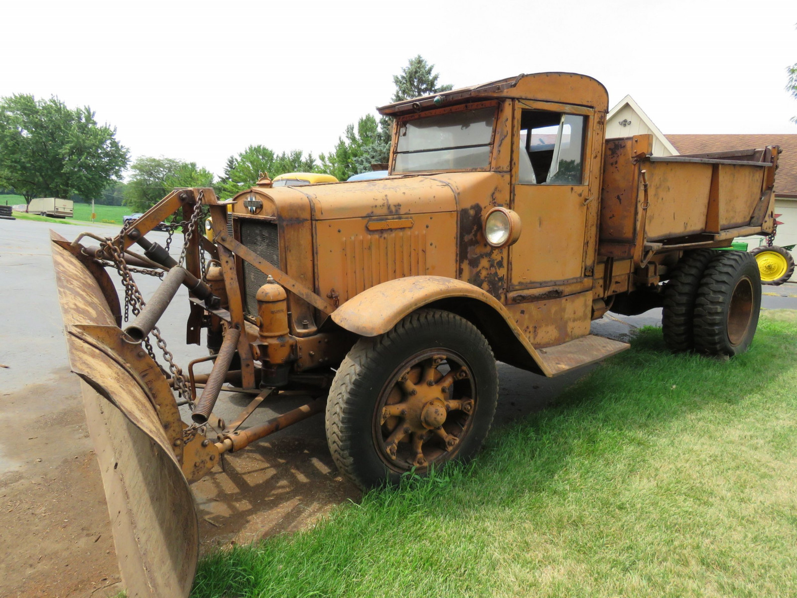 1929 International Truck - Image 3