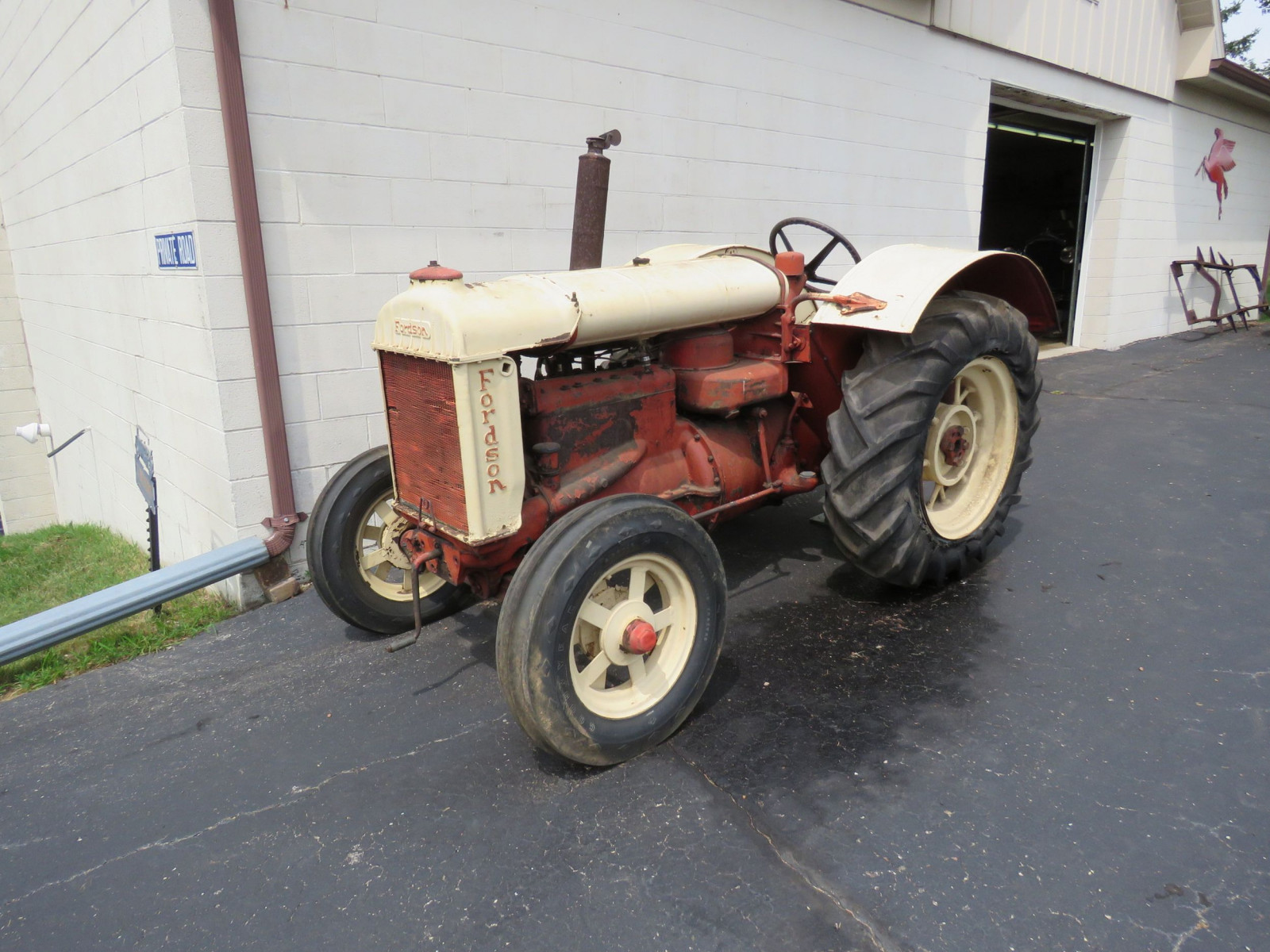 1936 Fordson N Tractor - Image 3