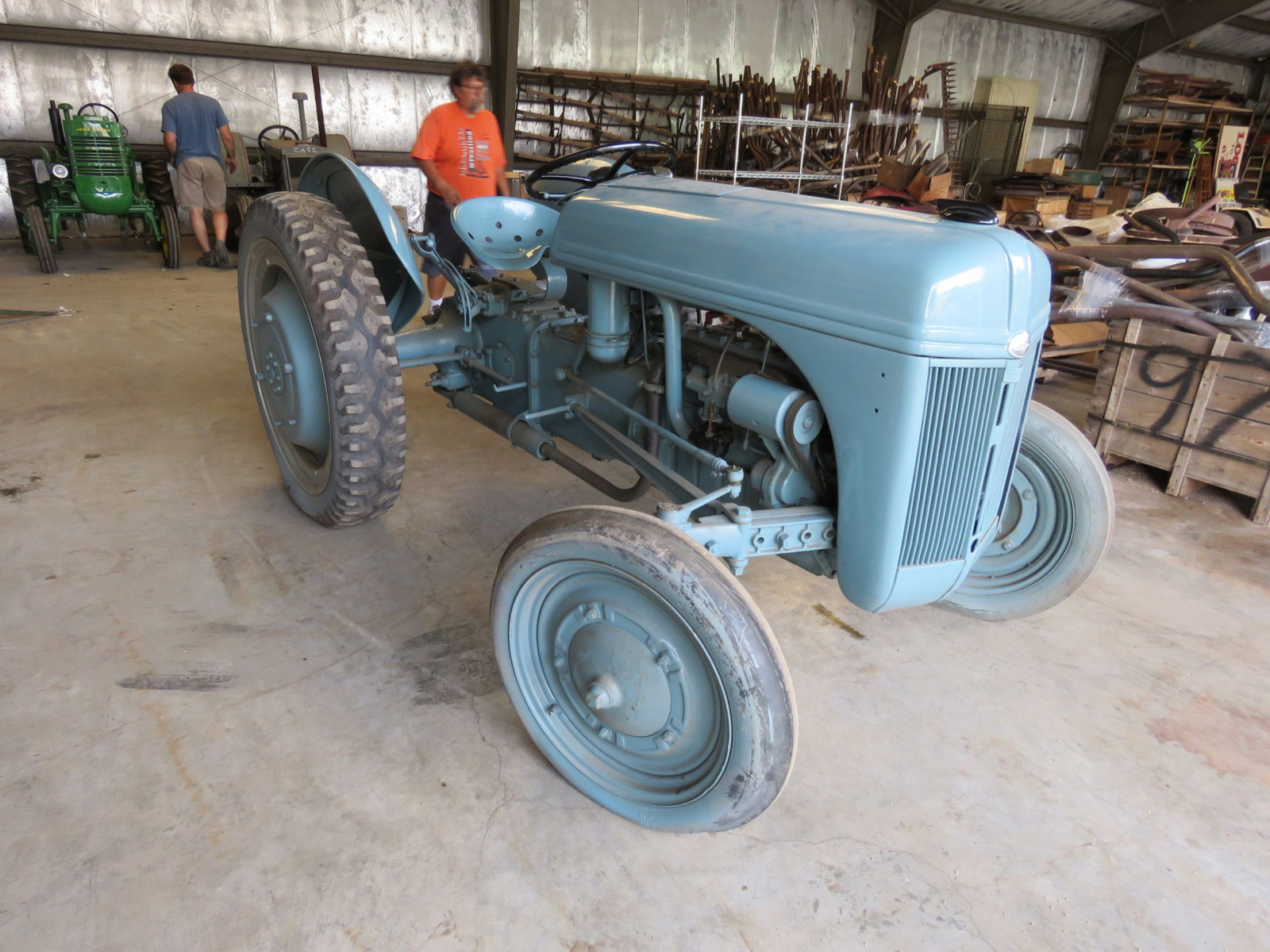 1940 Ford 9N Tractor - Image 3