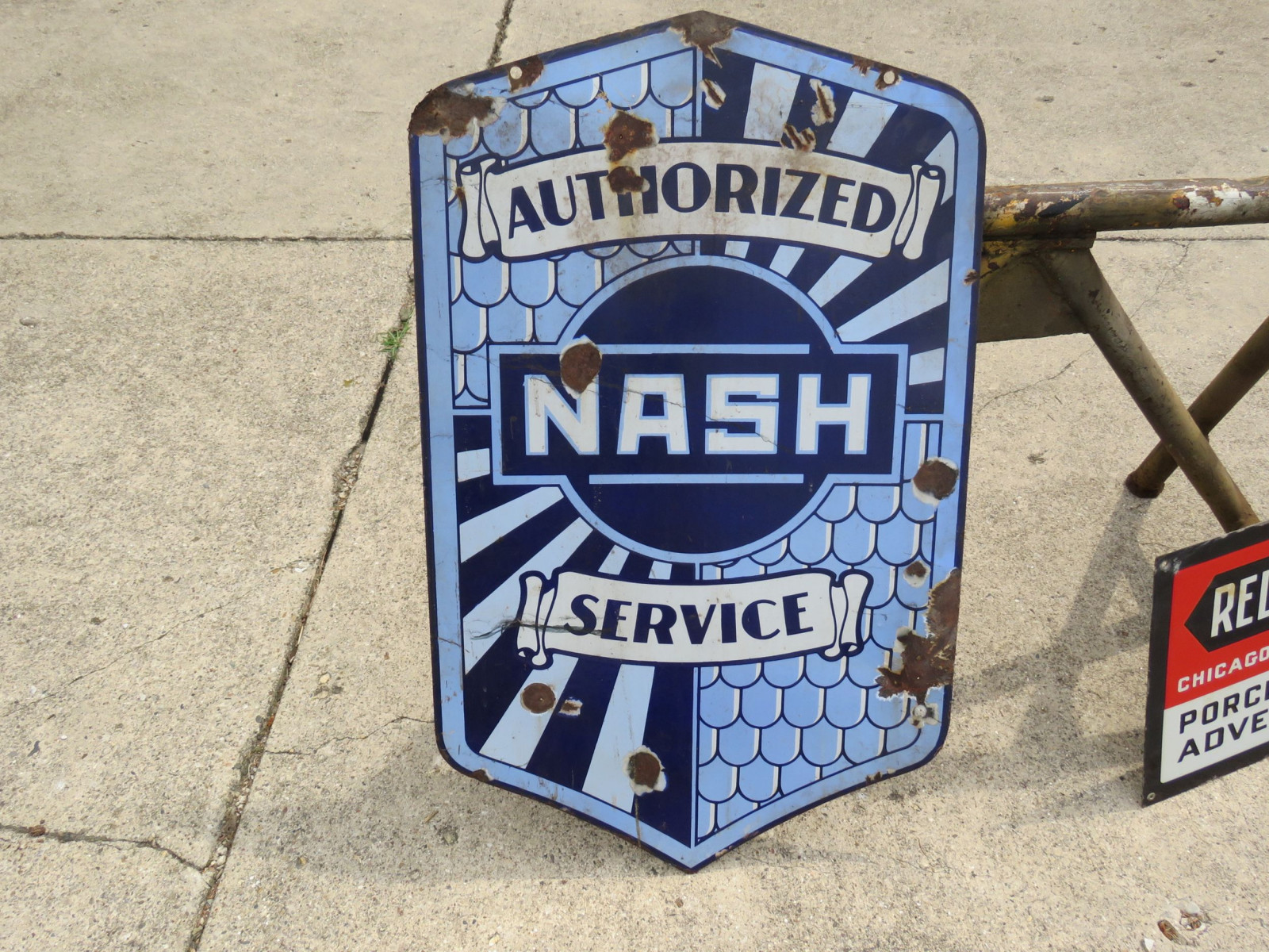 Nash Authorized Service DS Porcelain Sign - Image 1