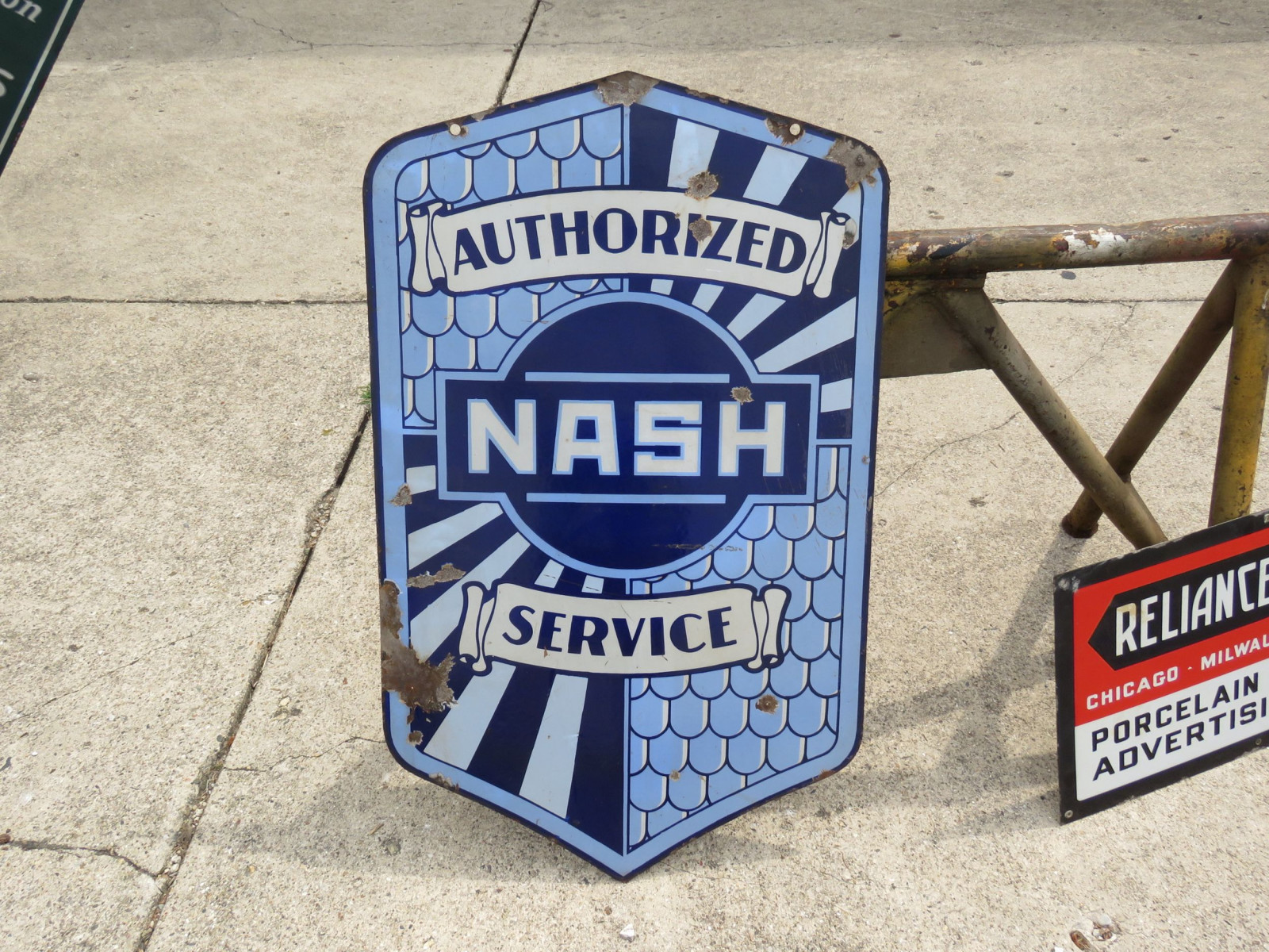 Nash Authorized Service DS Porcelain Sign - Image 2