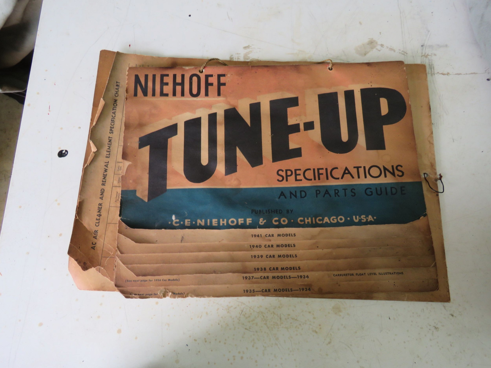 Niehoff Tune-UP Specification Chart 1930's & 1940's - Image 1