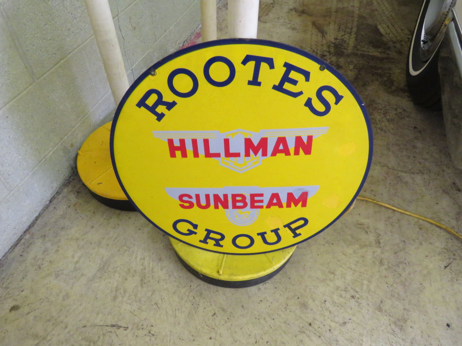 Rootes Group Hillman-Sunbeam Porcelain Sign - Image 1