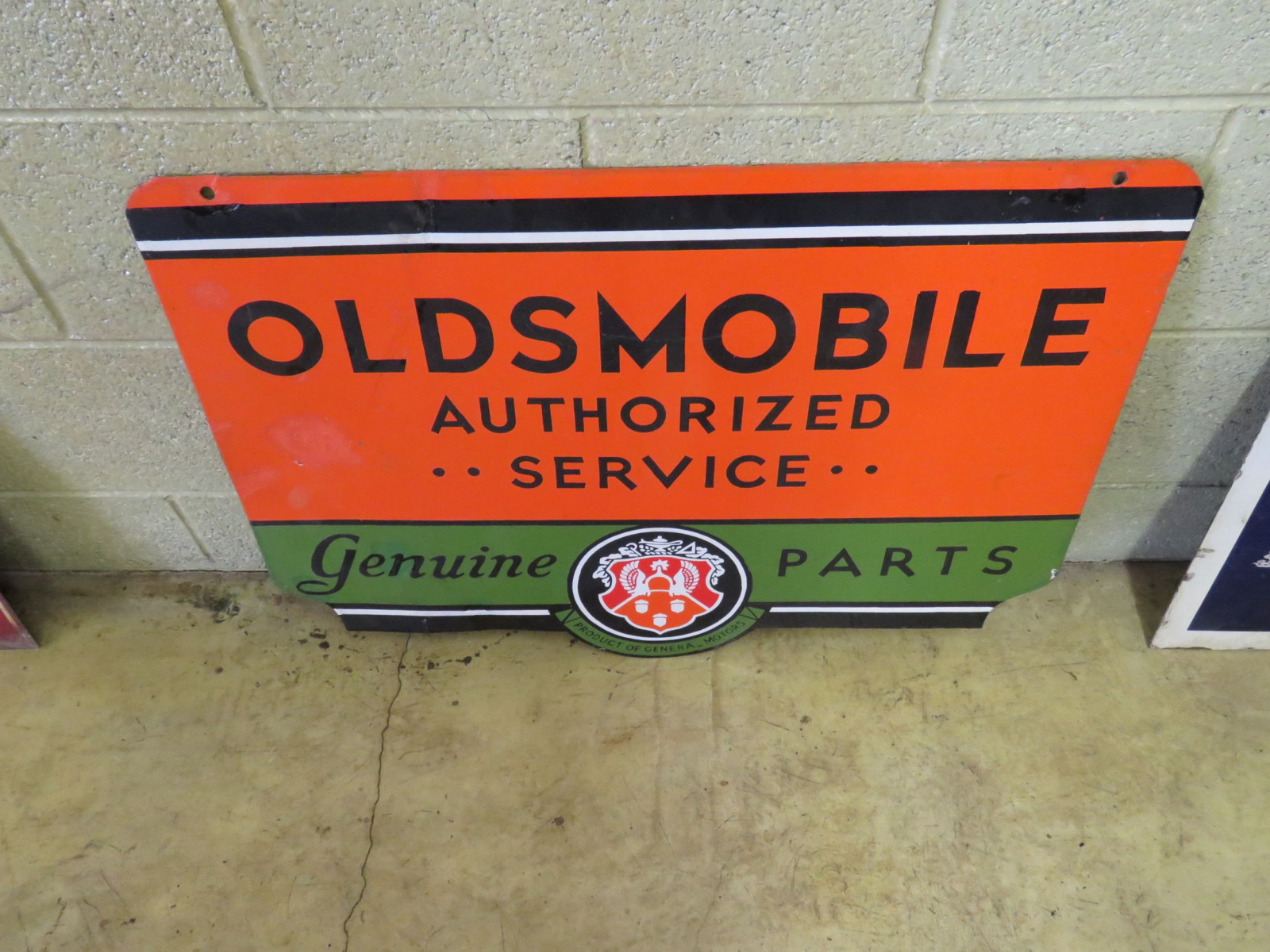 Oldsmobile Service Porcelain Sign - Image 1