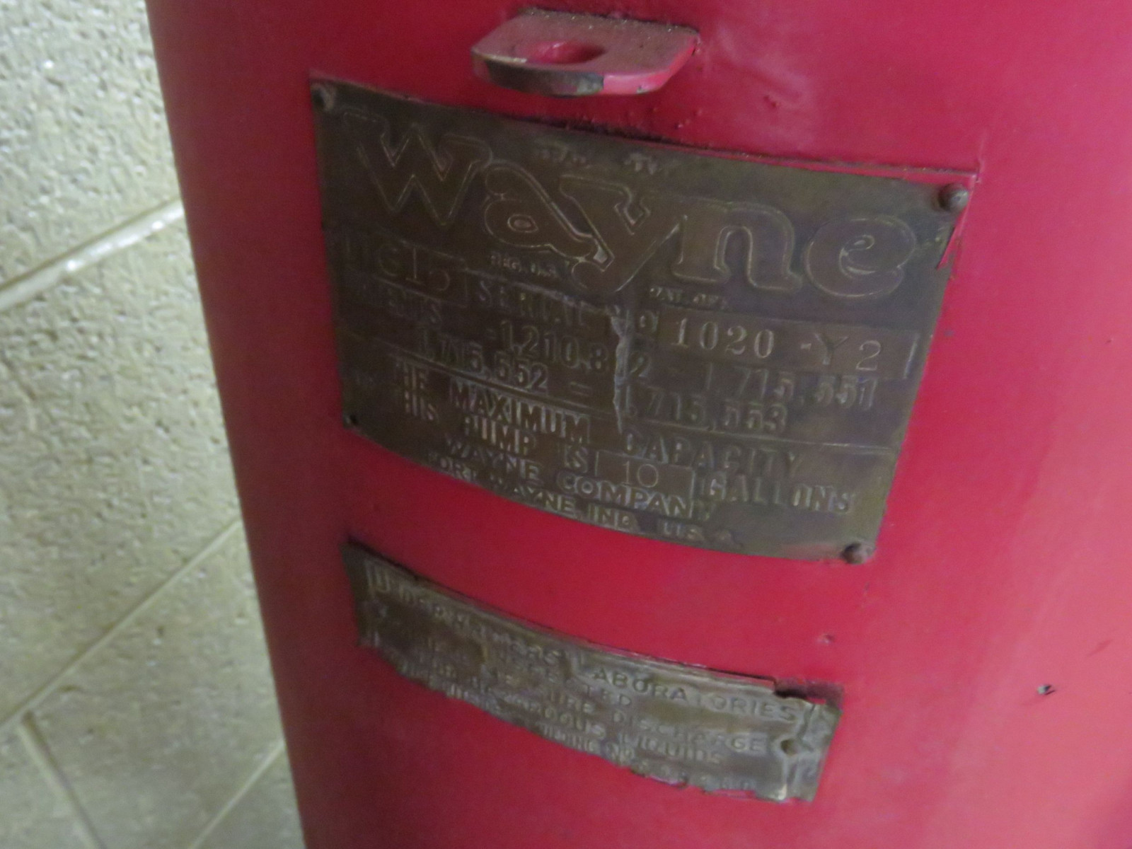 Wayne Upright Visible 10 Gallon Gas Pump - Image 4