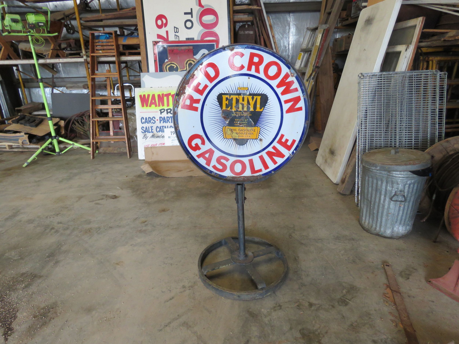Red Crown DS Porcelain Sign on Stand - Image 1