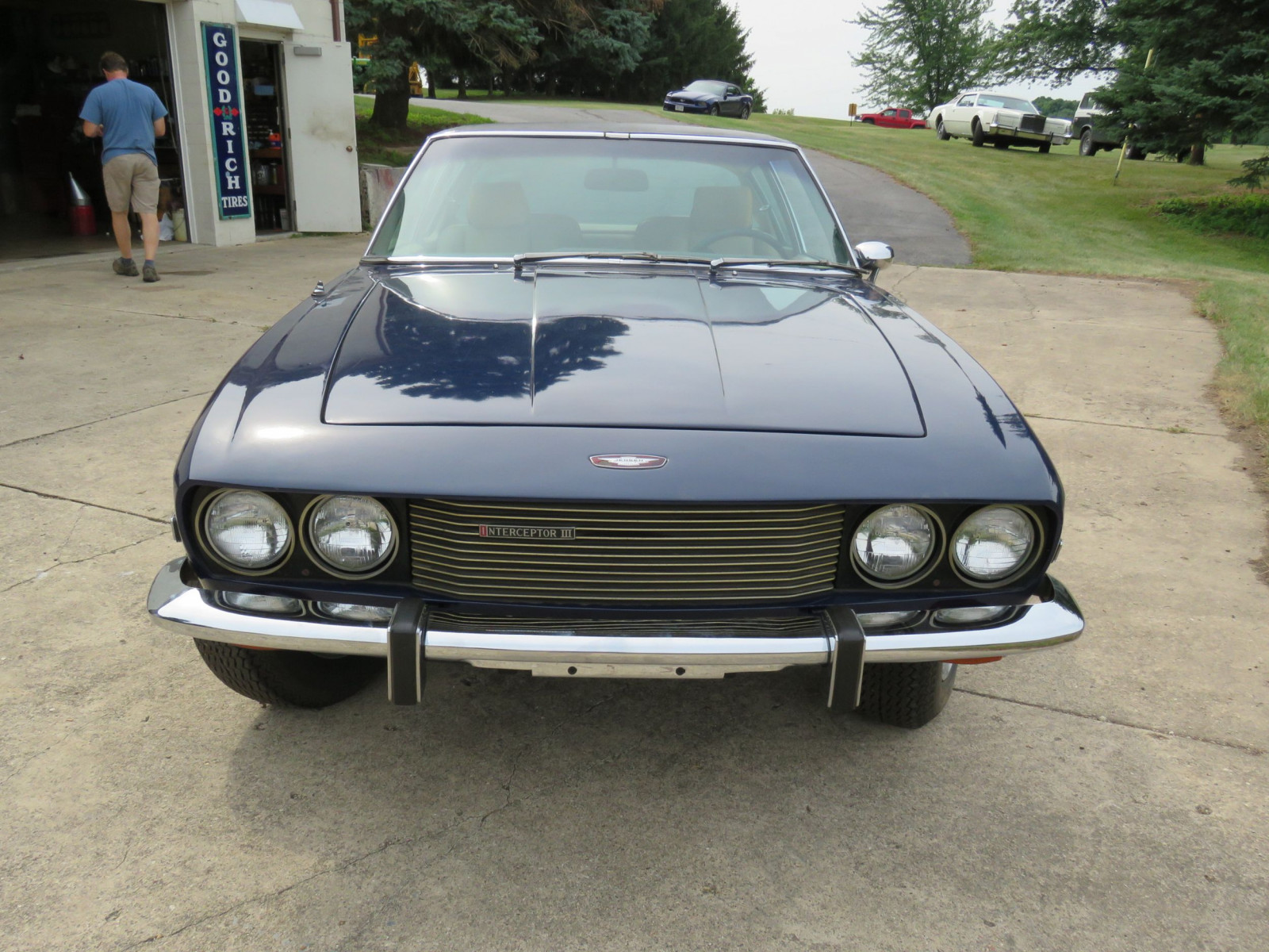 1973 Jensen Interceptor III Coupe - Image 2