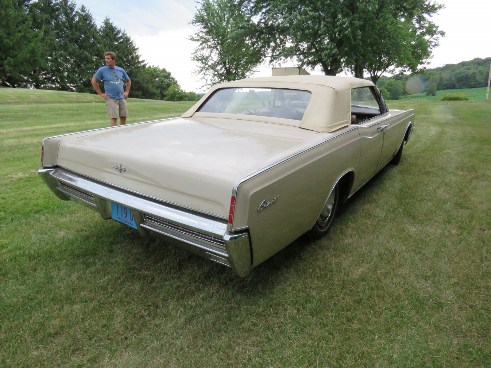 1967 Lincoln Continental 4dr Suicide Convertible - Image 6