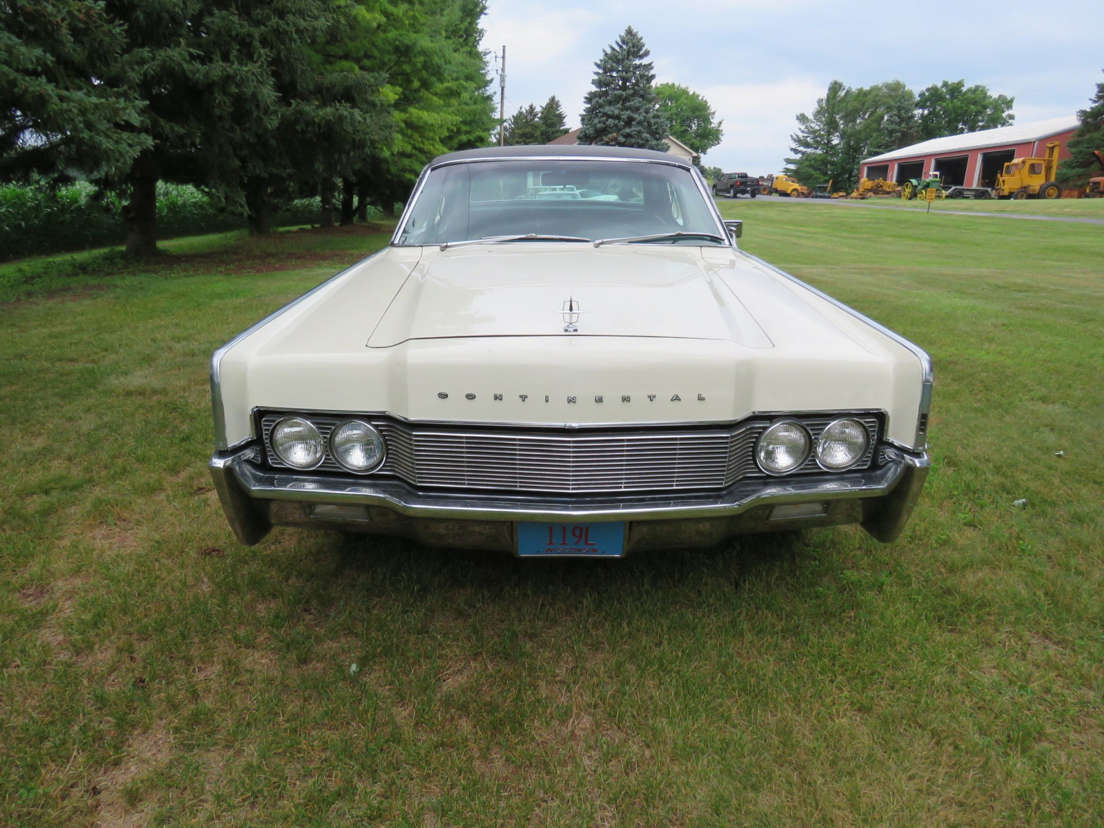 1967 Lincoln Continental 4dr HT Suicide Sedan - Image 2
