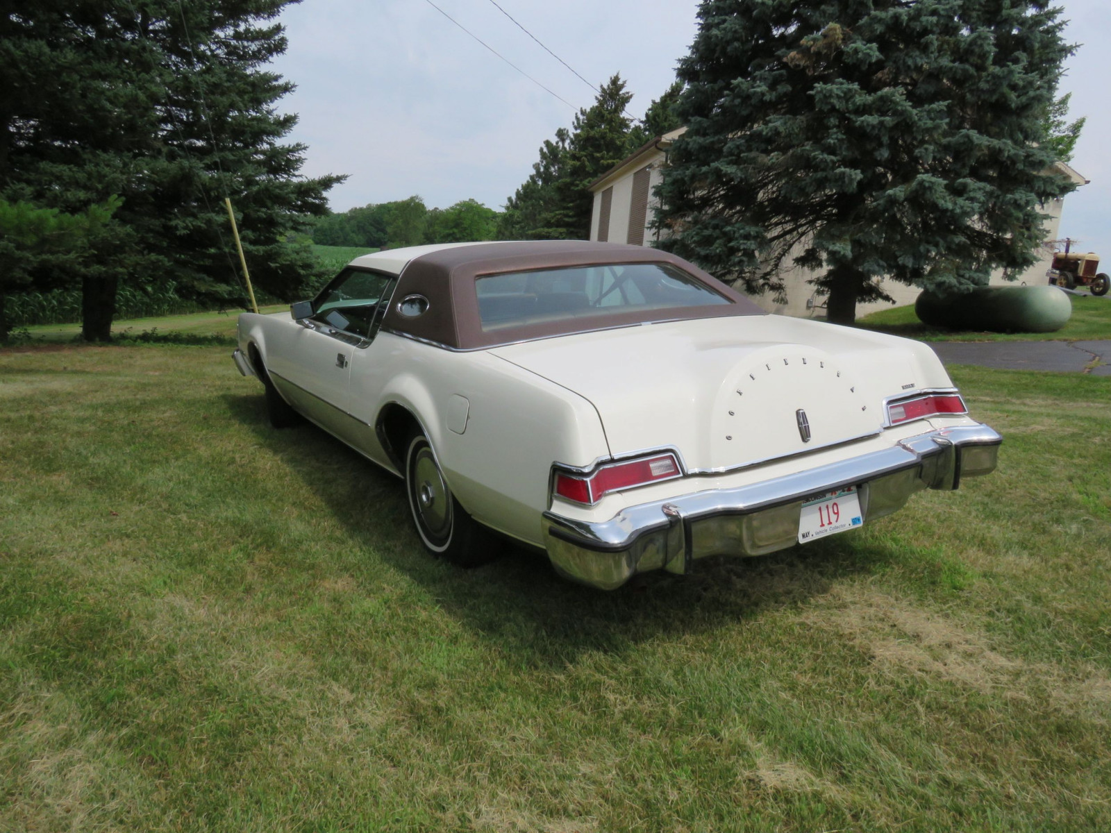 1976 Lincoln Continental Mark VI Coupe - Image 4