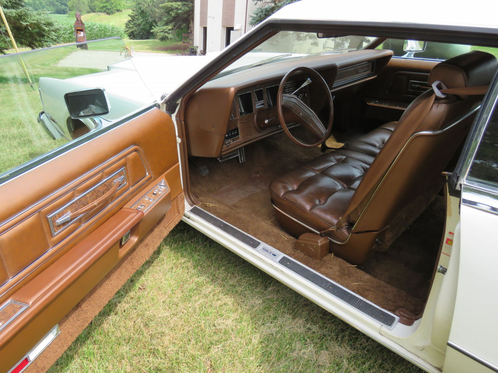 1976 Lincoln Continental Mark VI Coupe - Image 6
