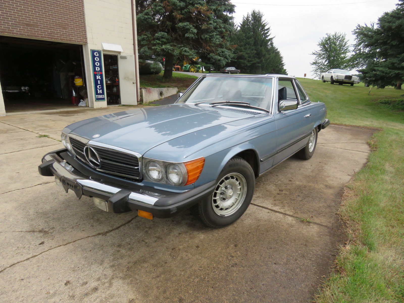 1979 Mercedes 450SL Coupe - Image 3