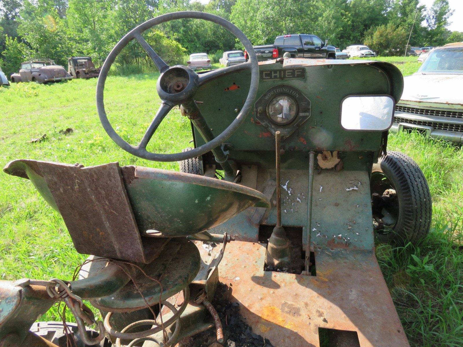 Worthington Mower Chief Lawn Tractor - Image 4