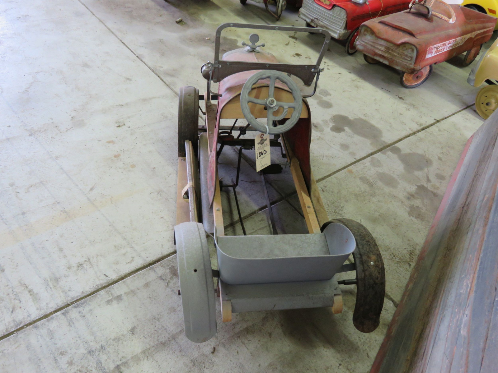 Rare SteelCraft Fire chief Pedal Car Project - Image 4