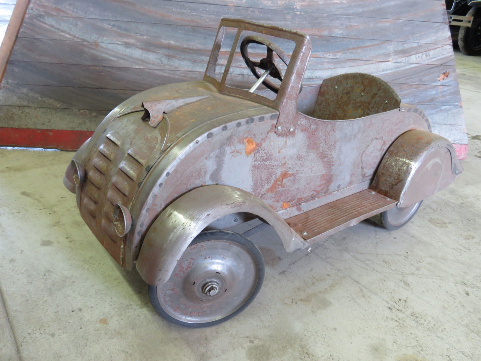Ornate 1930's Garton DeSoto Airflow Pedal Car for Restore - Image 1