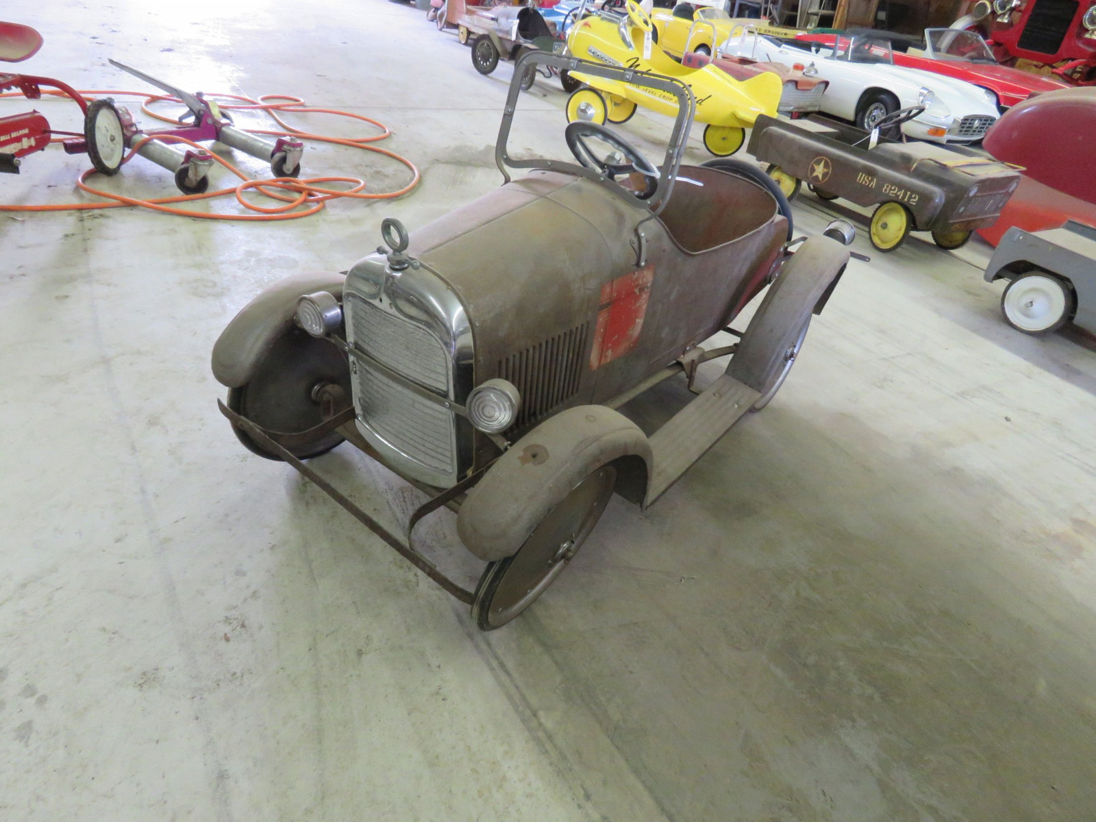 Rare Steel craft Studebaker Pedal Car - Image 3
