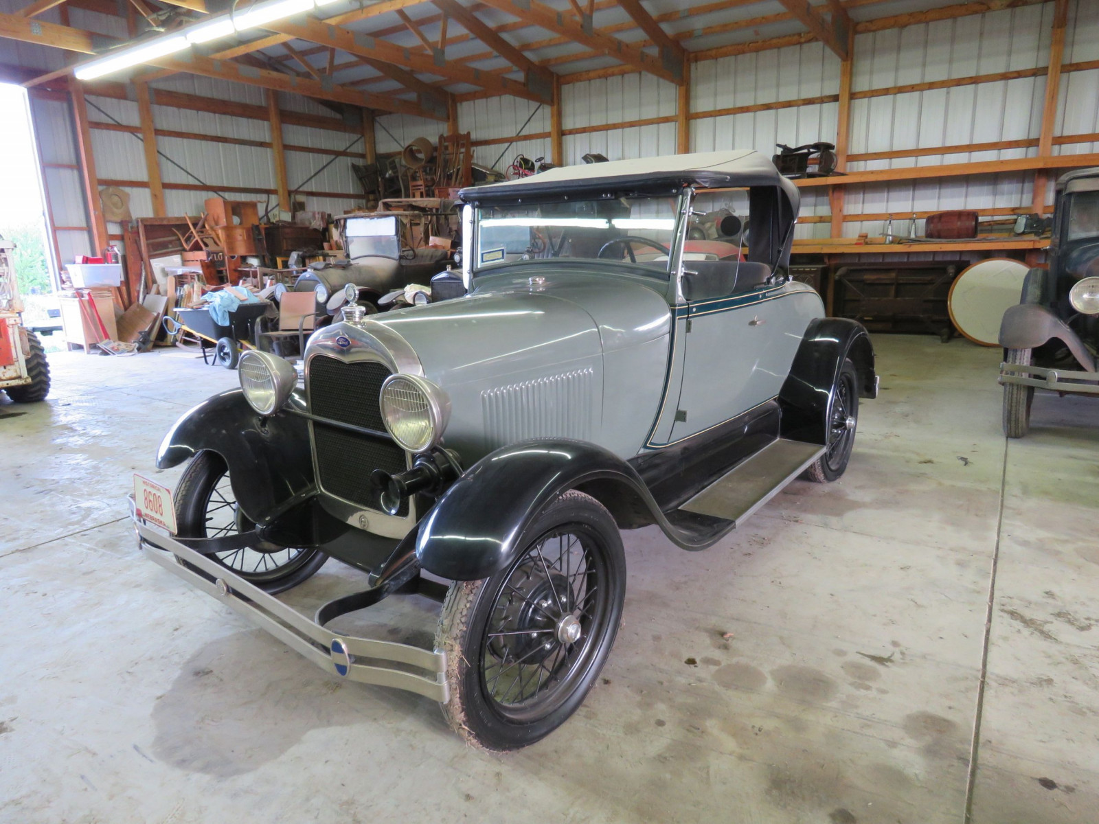 1929 Ford Model A Roadster - Image 3