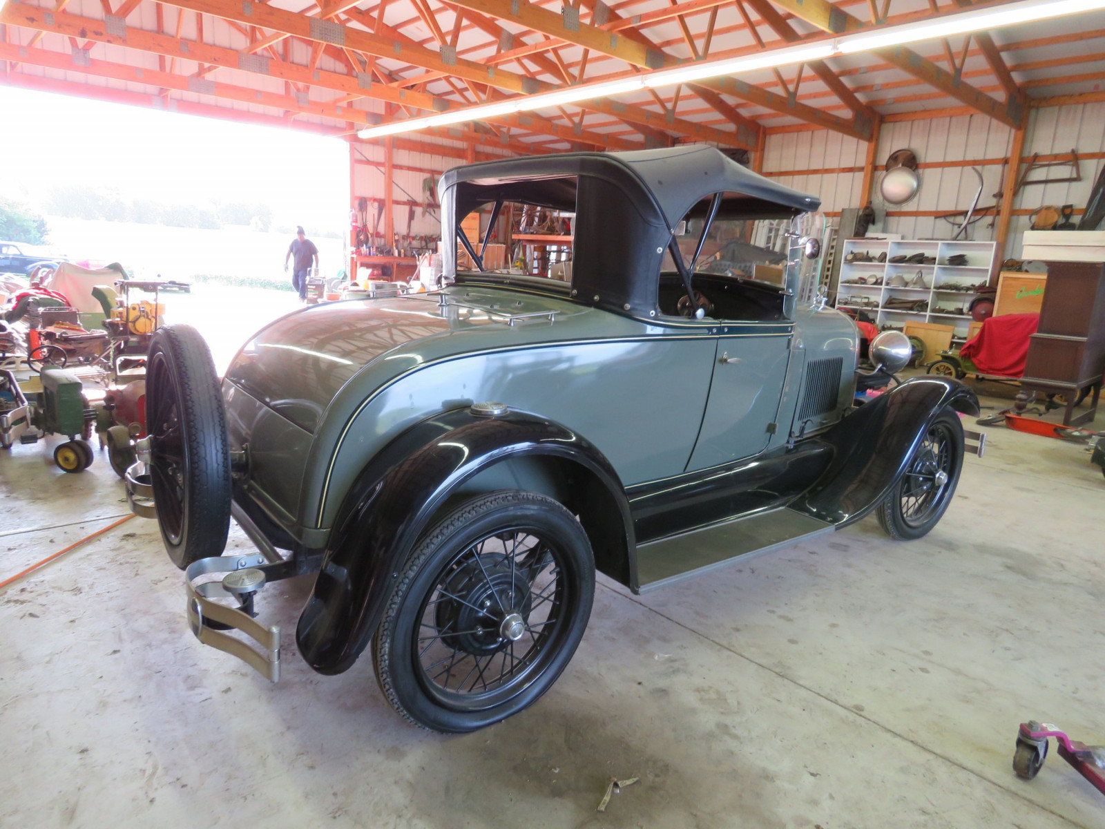 1929 Ford Model A Roadster - Image 7