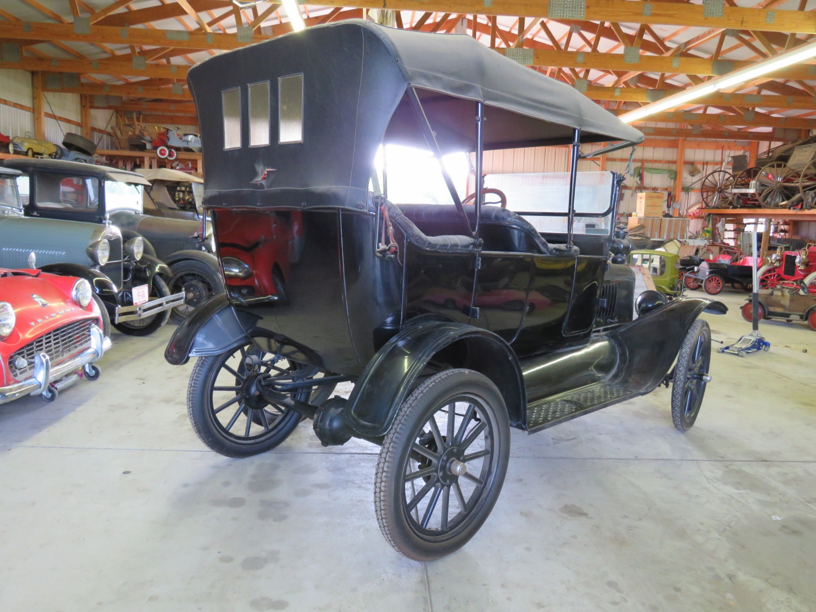 1918 Ford Model T Touring Car - Image 8