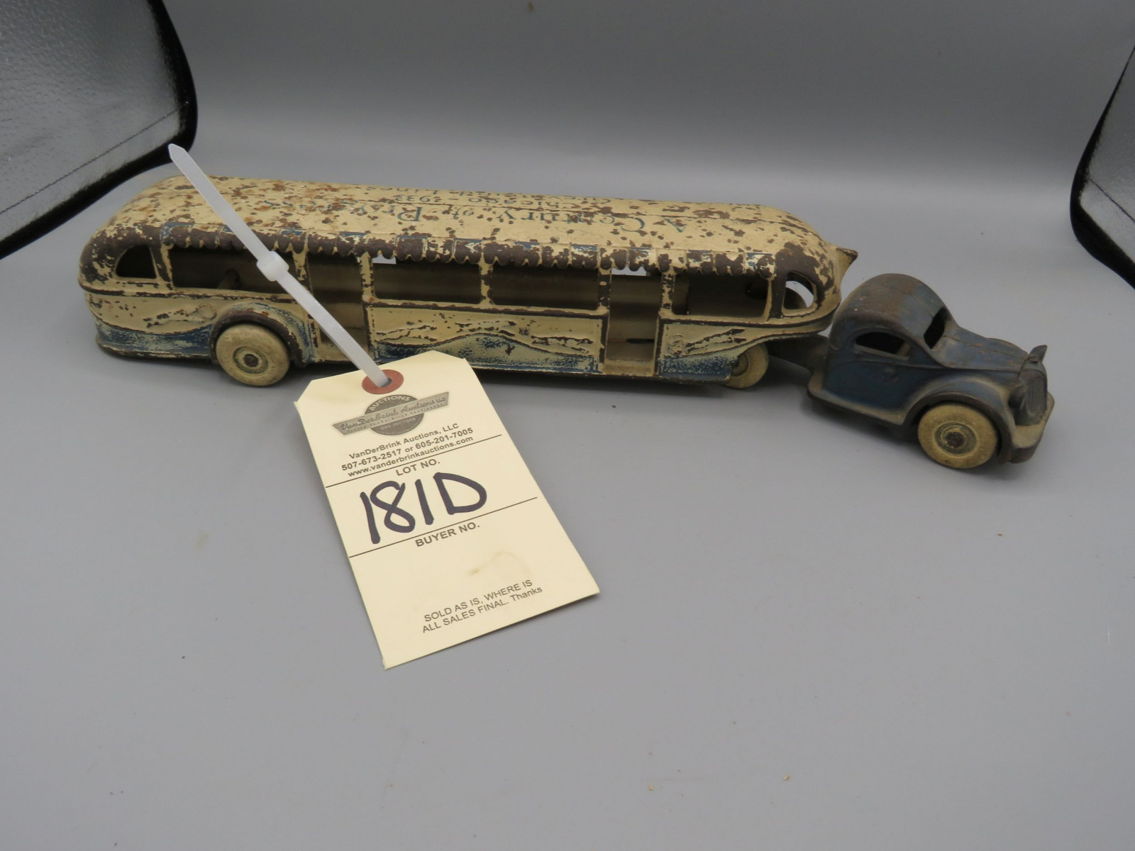 1933 Chicago's World Fair Arcade Greyhound Touring Bus  Cast Iron Approx. 14 inches - Image 1