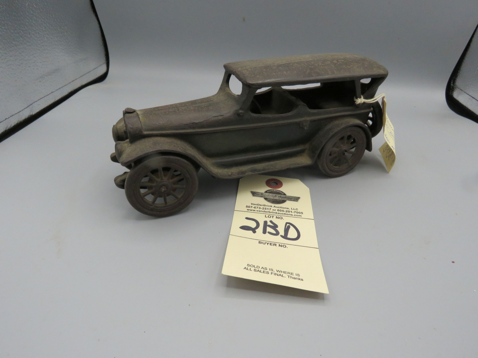 Vintage Arcade Cast Iron Touring Car - Image 2